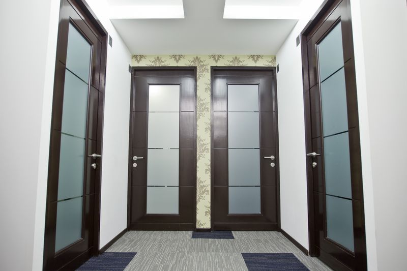 Oficinas ejecutivas circulo condesa for Puertas para oficina